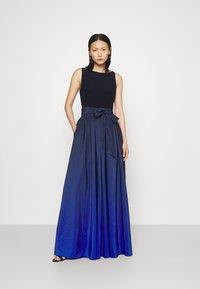 Lauren Ralph Lauren - AGNI SLEEVELESS EVENING DRESS - Žerzejové šaty - sapphire star - 0