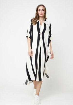 Maxi dress - weiß, schwarz