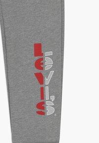 Levi's® - Pantalones - grey heather - 3