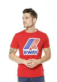 K-Way - PETE MACRO LOGO - Print T-shirt - red - 3