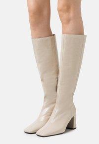 ÁNGEL ALARCÓN - Boots - arce - 0