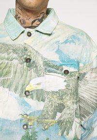 Jaded London - ALASKA LANDSCAPE WESTERN JACKET - Denim jacket - multi-coloured - 5