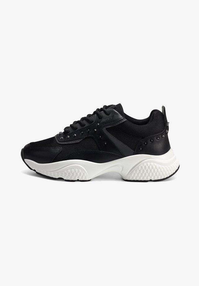 REVEAL RUNNER - Sneakers laag - black