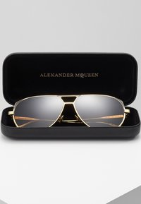 Alexander McQueen - Sunglasses - gold-coloured/brown - 2