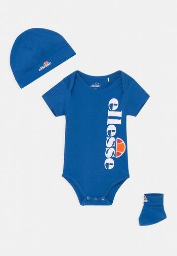 ELEANORI BABY SET UNISEX - Print T-shirt - blue