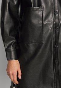 ONLY - ONLAMAZE OVERSIZED - Camisa - black - 4