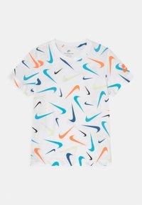 Nike Sportswear - PARADE - T-shirt con stampa - white - 0
