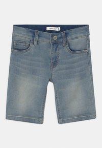 Name it - NKMTHEO - Shorts vaqueros - light blue denim - 2