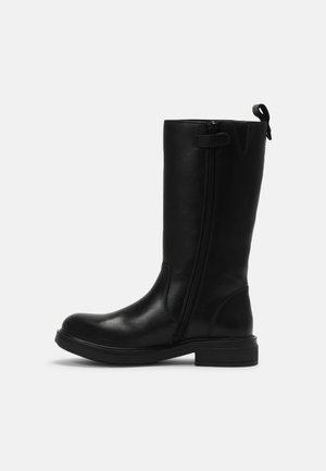 WEIDA - Høje støvler/ Støvler - black
