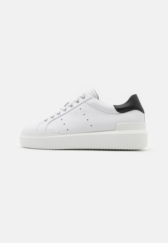 HOLLYWOOD  - Sneakers basse - white/black