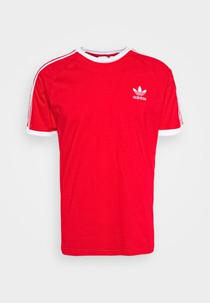 3 STRIPES TEE UNISEX - Print T-shirt - scarle