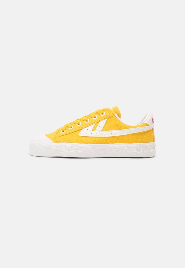 WB-1 UNISEX - Sneakers laag - yellow/white