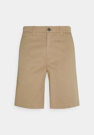 COMFORT PAVEL - Shorts - beige