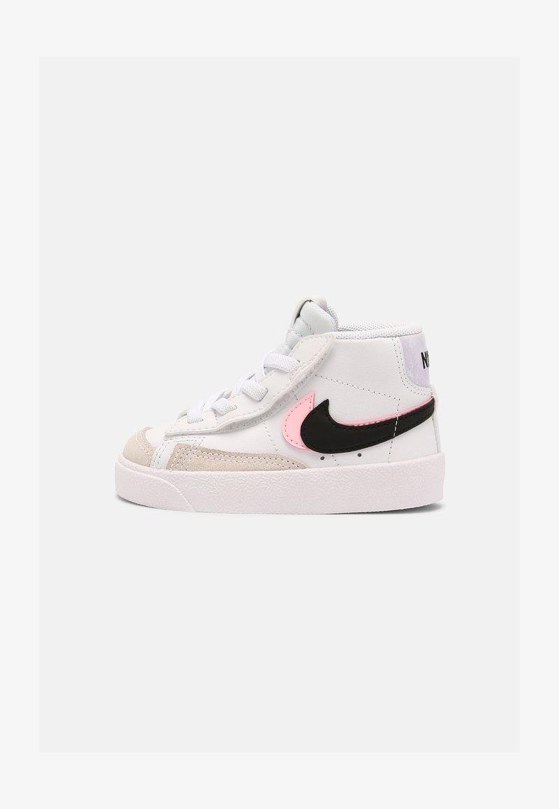 Nike Sportswear - BLAZER MID '77 - Baskets montantes - white/black/arctic punch