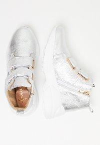 faina - High-top trainers - silver - 2