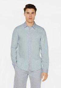 WE Fashion - SLIM-FIT - Koszula - light blue - 3