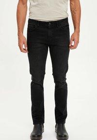 DeFacto - Jeans slim fit - black - 0