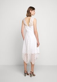 Milly - LATTICE EMBROIDERY ANNEMARIE DRESS - Cocktail dress / Party dress - white - 2