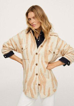 EN IMPRIMÉ ANIMAL - Button-down blouse - saumon