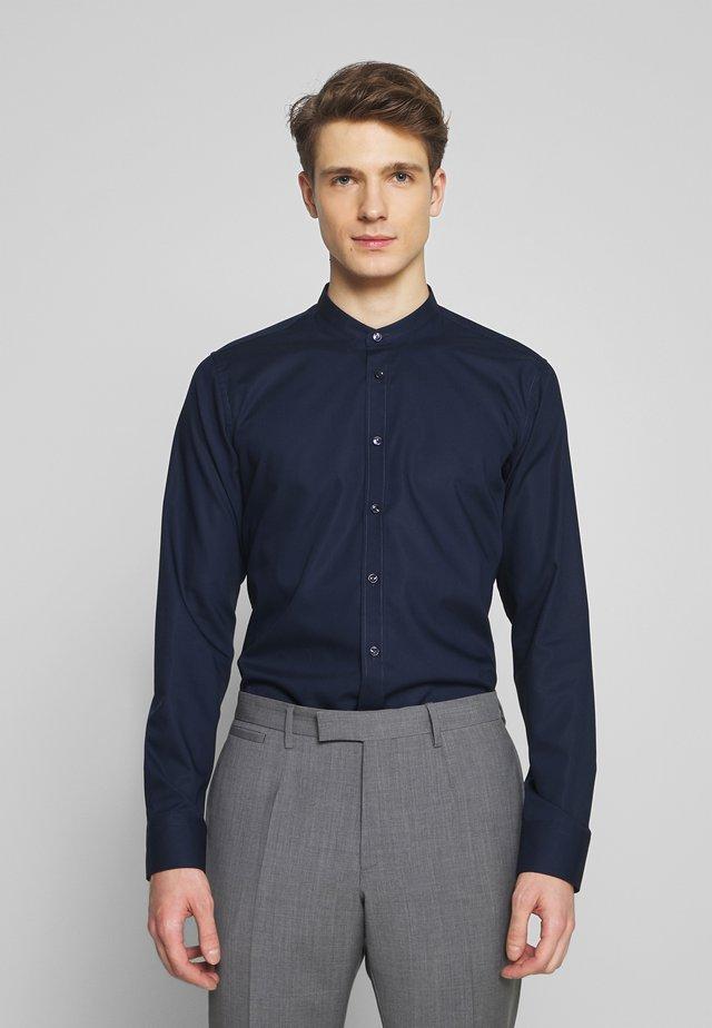 SLIM MANDARIN TAPE - Skjorta - dark blue