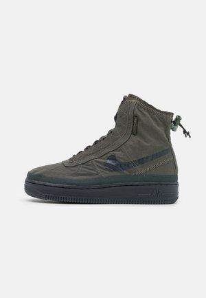 AIR FORCE 1 - Sneakers high - cargo khaki/off noir/seaweed