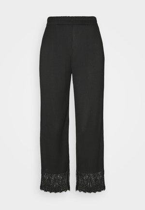 LEVINIA TROUSERS - Trousers - schwarz