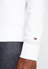 Tommy Hilfiger - LOGO  - Sweater - white - 3