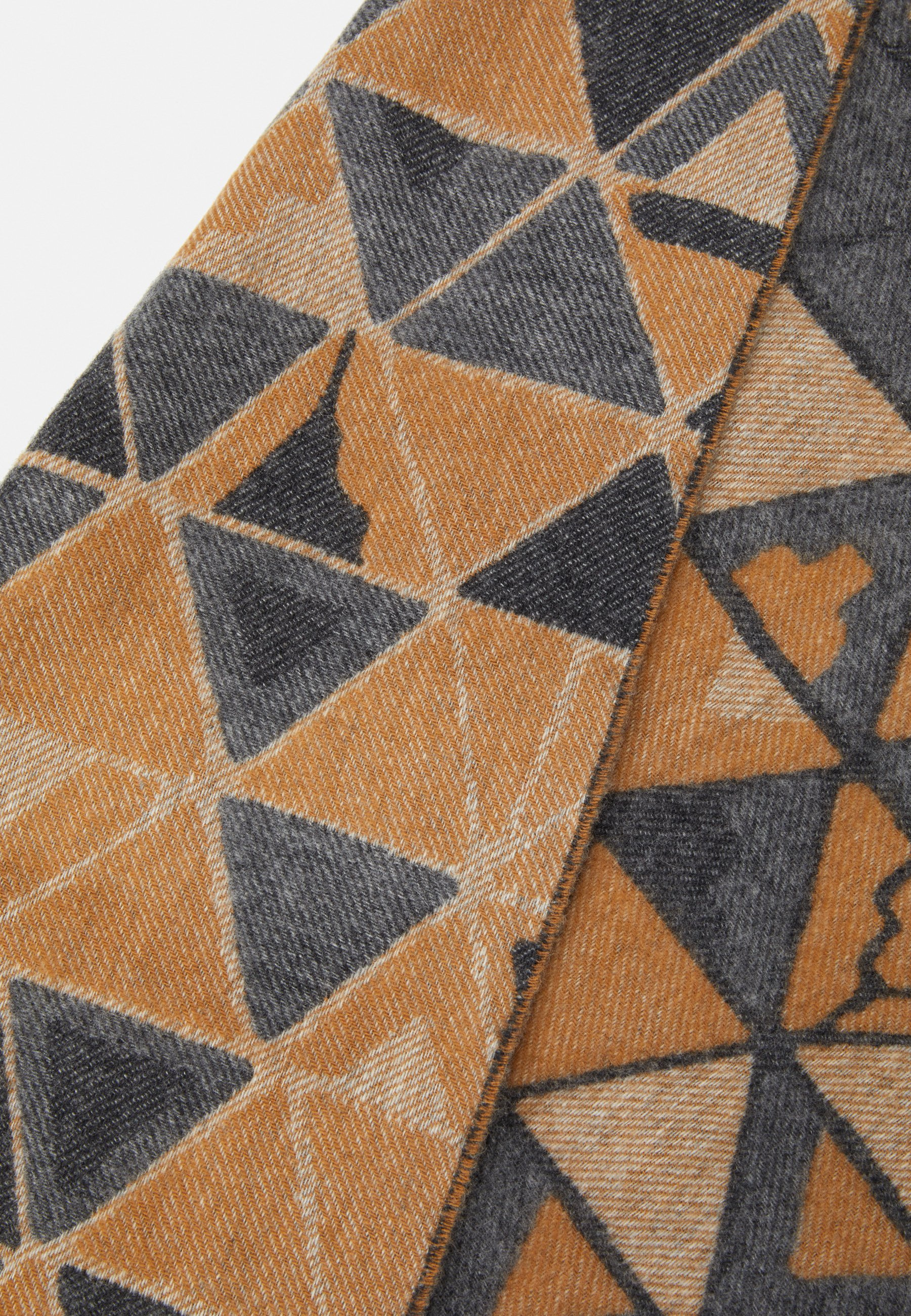 Johnstons Of Elgin Geometric Scarf - Schal Beige
