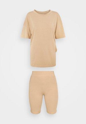 NMCECILIE COORDINATED SET  - Basic T-shirt - praline