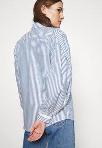 Hope - SERENE SHIRT - Button-down blouse - blue stripe - 2