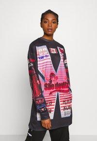 NEW girl ORDER - SHE DEVIL MOTORCROSS LONG SLEEVE - Bluzka z długim rękawem - black - 0