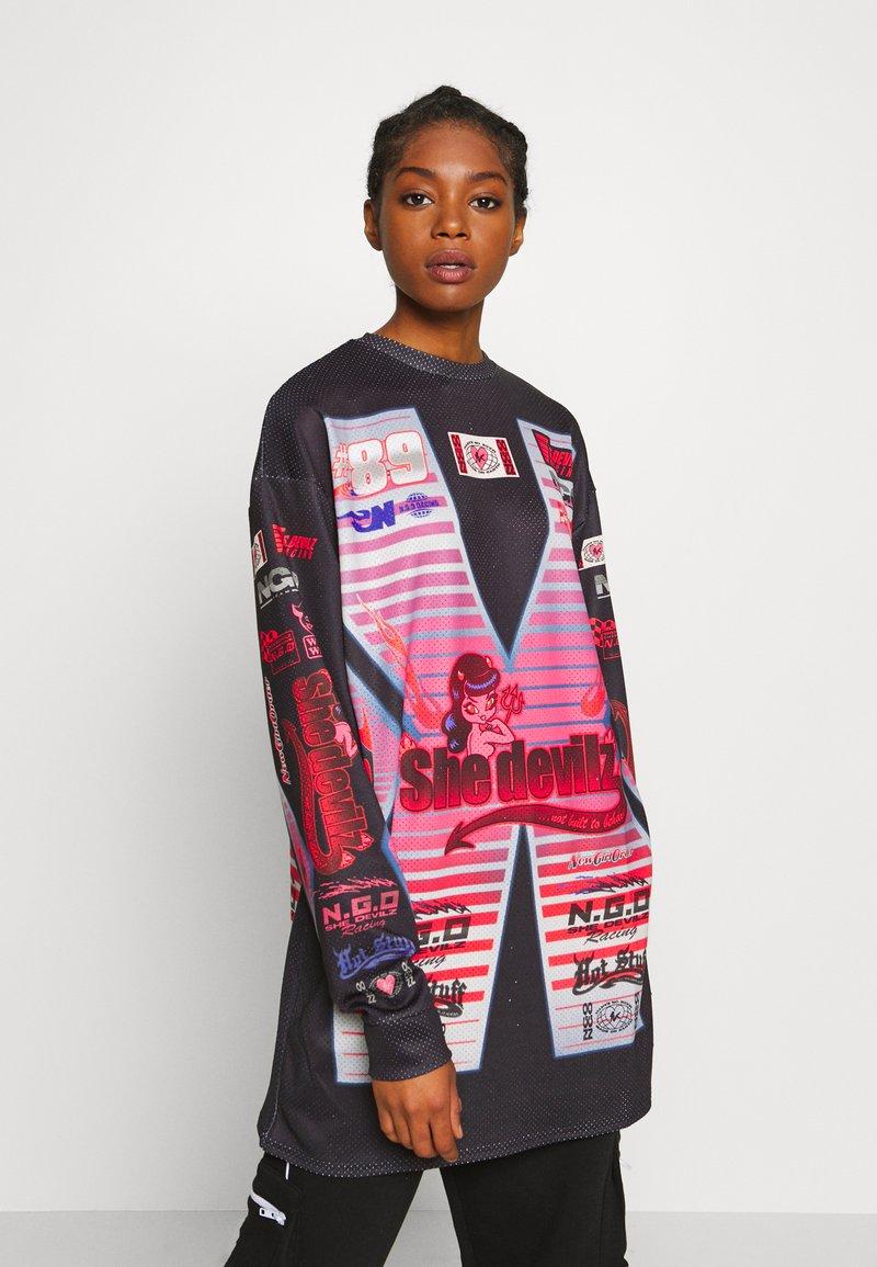 NEW girl ORDER - SHE DEVIL MOTORCROSS LONG SLEEVE - Bluzka z długim rękawem - black
