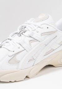 ASICS - GEL-KAYANO 5 OG - Baskets basses - white - 5