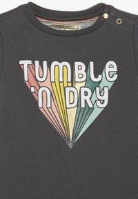 Tumble 'n dry - JELKA BABY - Day dress - ebony - 3