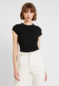 New Look - CREW NECK BODY - Basic T-shirt - black - 0