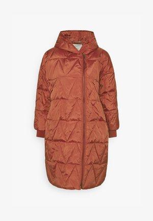 THYRA - Płaszcz puchowy - barn red