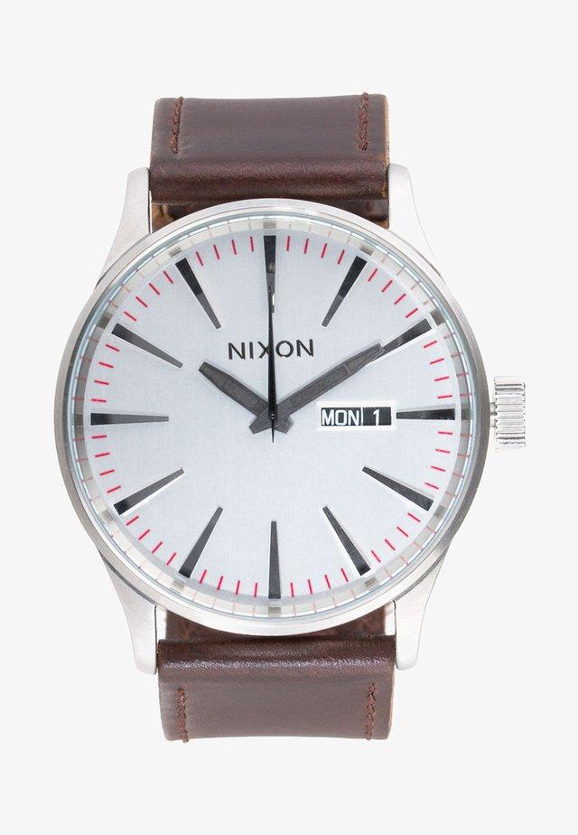 SENTRY - Reloj - silver-coloured/brown