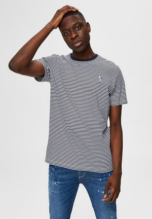 T-shirt con stampa - sky captain