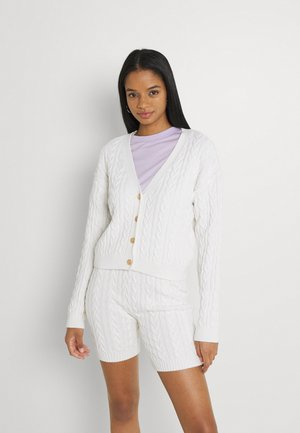 CROPPED CABLE CARDIGAN - Cardigan - off white