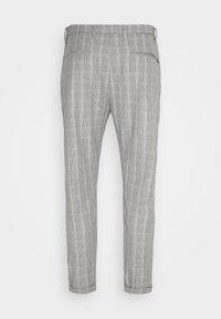 Gabba - PISA CHECK PANT - Trousers - brown - 6