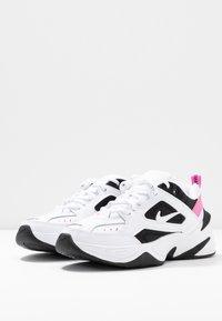 Nike Sportswear - M2K TEKNO - Sneakersy niskie - white/china rose/black - 4