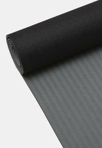 Casall - MAT POSITION 4MM - Fitness / Yoga - black - 3