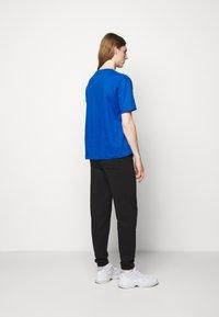 Holzweiler - HANGER TEE - Basic T-shirt - blue - 2