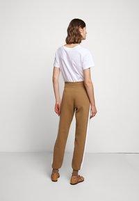 See by Chloé - Teplákové kalhoty - desert beige - 2