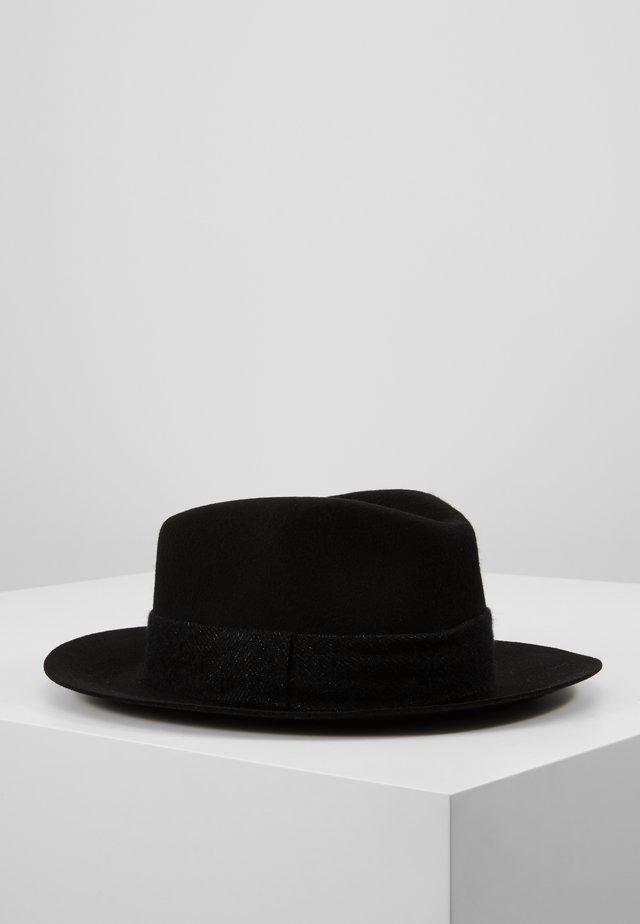 Sombrero - black