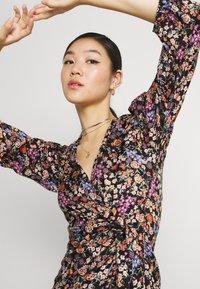 Soaked in Luxury - KIMAYA WRAP DRESS - Day dress - multi-coloured - 3