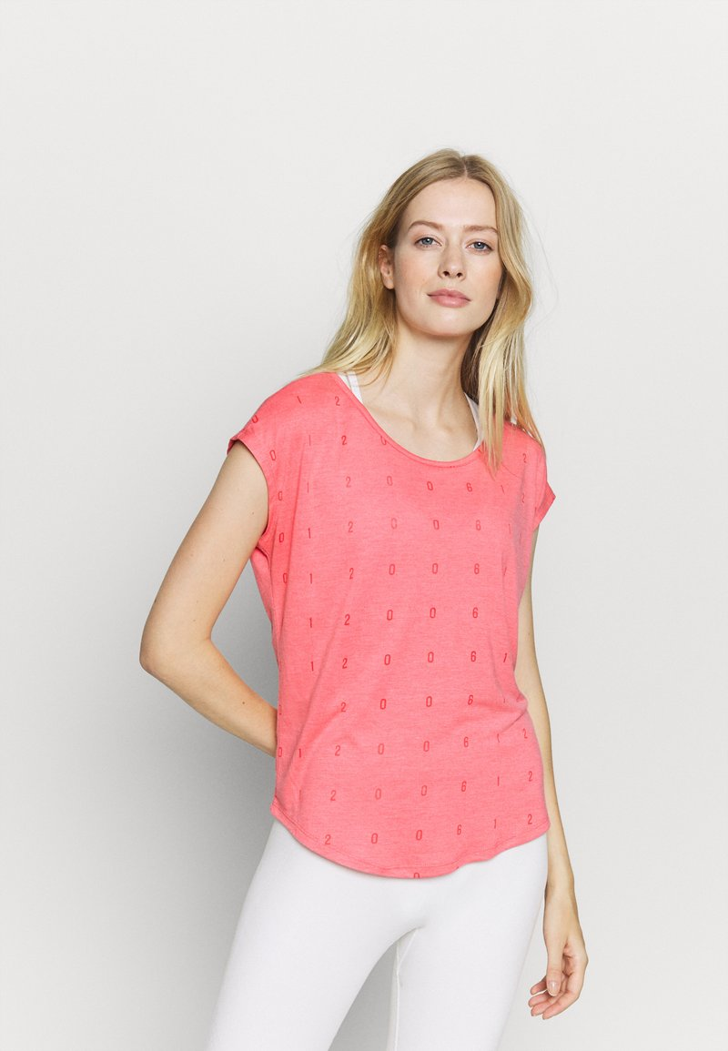 ONLY Play - ONPSHELLY CURVED BURN OUT TEE - Camiseta estampada - coral