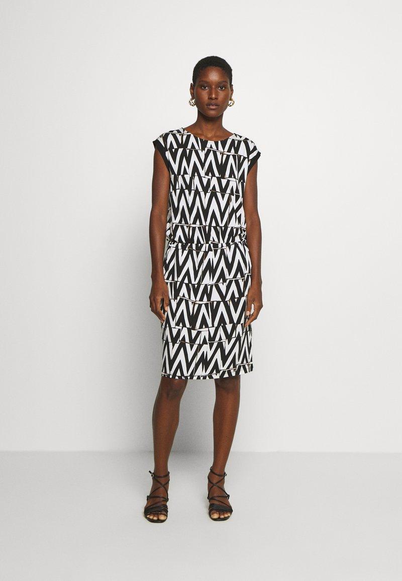 Cartoon - Sukienka z dżerseju - white/black