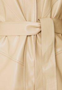 Topshop - SEAMED SHACKETT - Short coat - buttermilk - 2