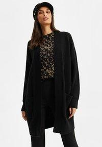WE Fashion - ZONDER SLUITING - Cardigan - black - 4